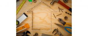 Por qué y cuándo restaurar el techo de casa