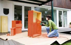 Guía básica para darles color a tus muebles de madera