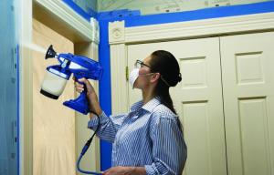 Logra un acabado profesional de pintor en casa