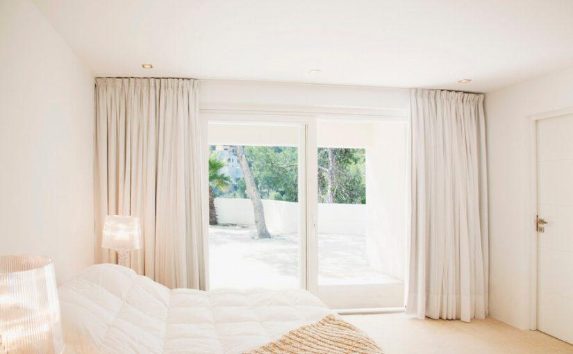 Colores de pintura para interiores blancos en pequeñas habitaciones