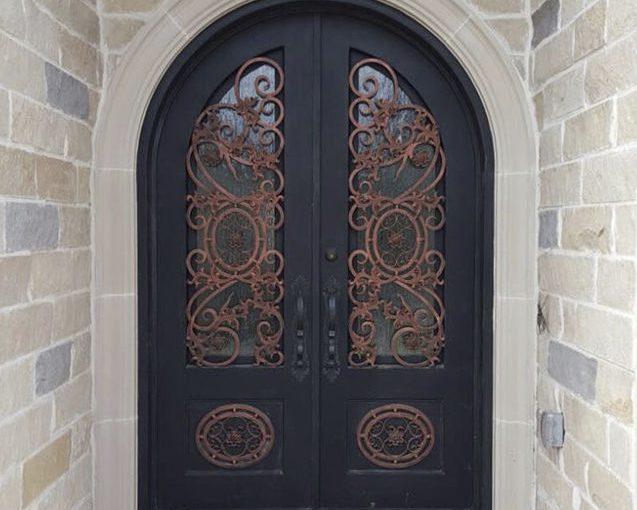 puerta principal pintada